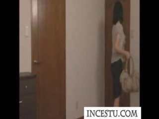 japanese mommy and son at incestu.com