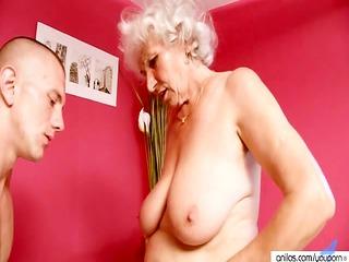 cougar granny bonks youthful rod