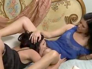 mother i seducing her girlfriends daughter